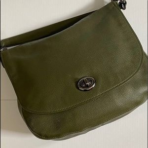 Coach Olive Pebble leather Turnlock Hobo